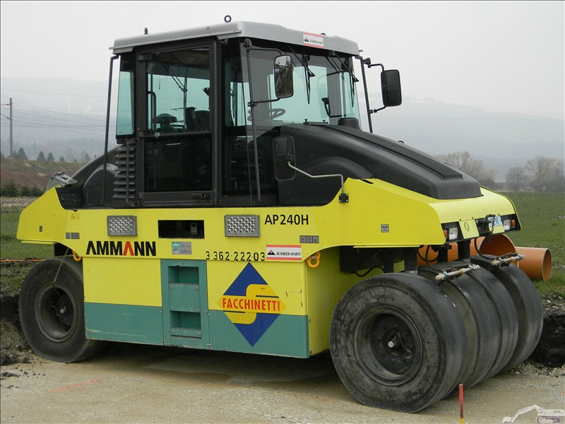 Ammann AP 240 H