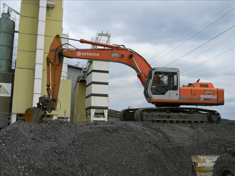 Hitachi EX 220 LC
