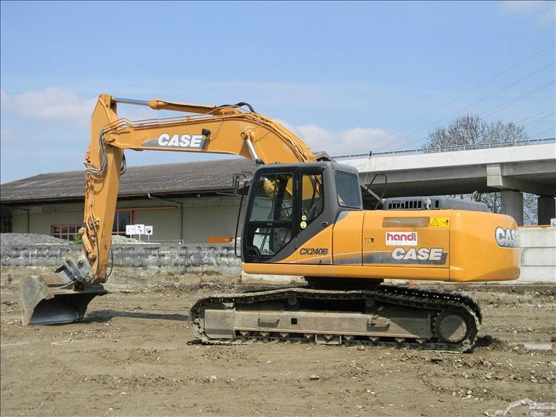 Case CX 240 B