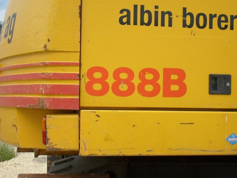Case 888 B