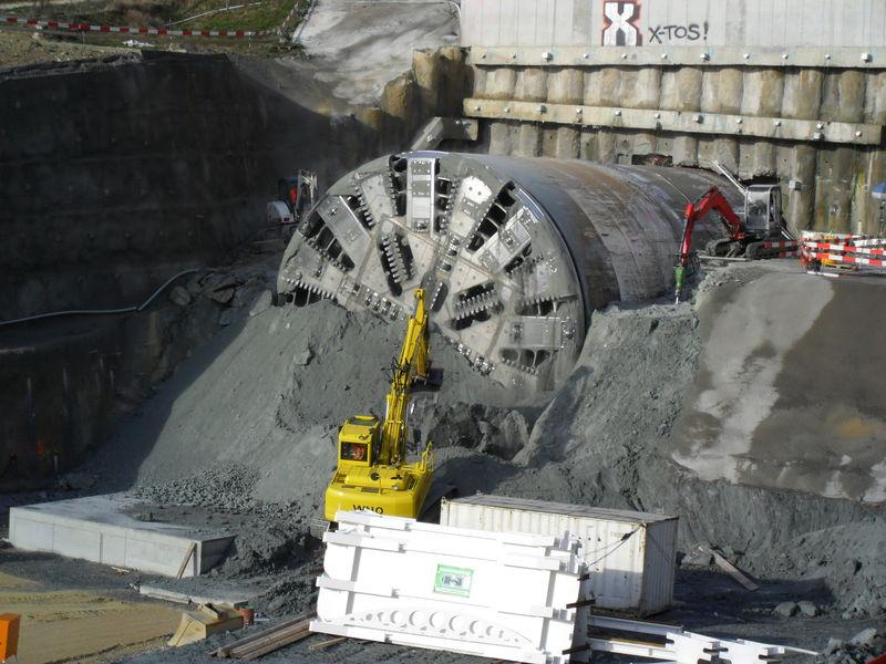 Tunnelier Belena