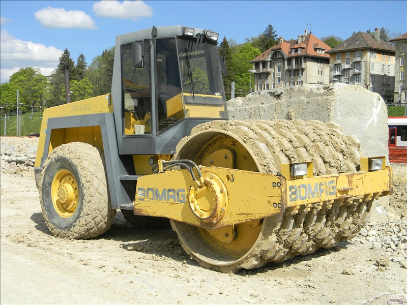 Bomag BW 213 D PD