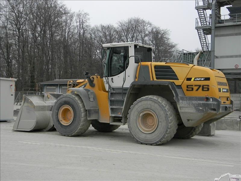 Liebherr L 576