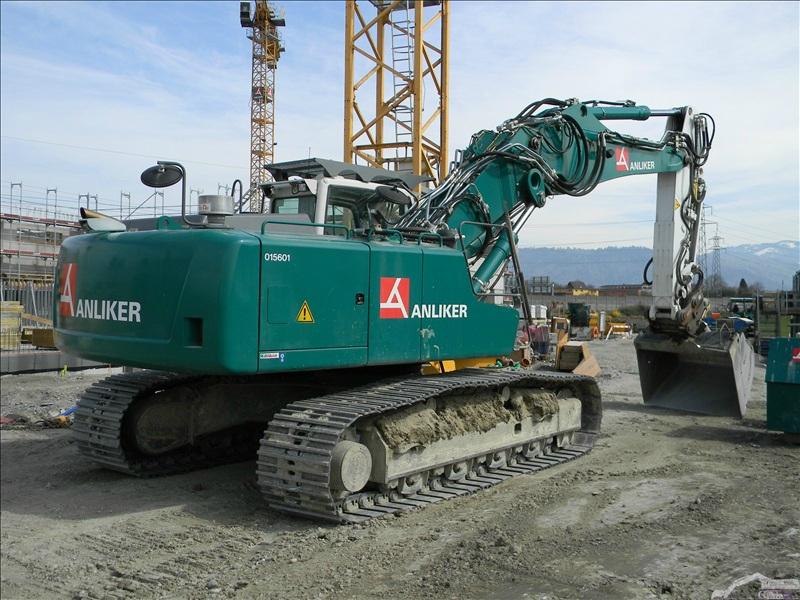 Liebherr R 936 VA