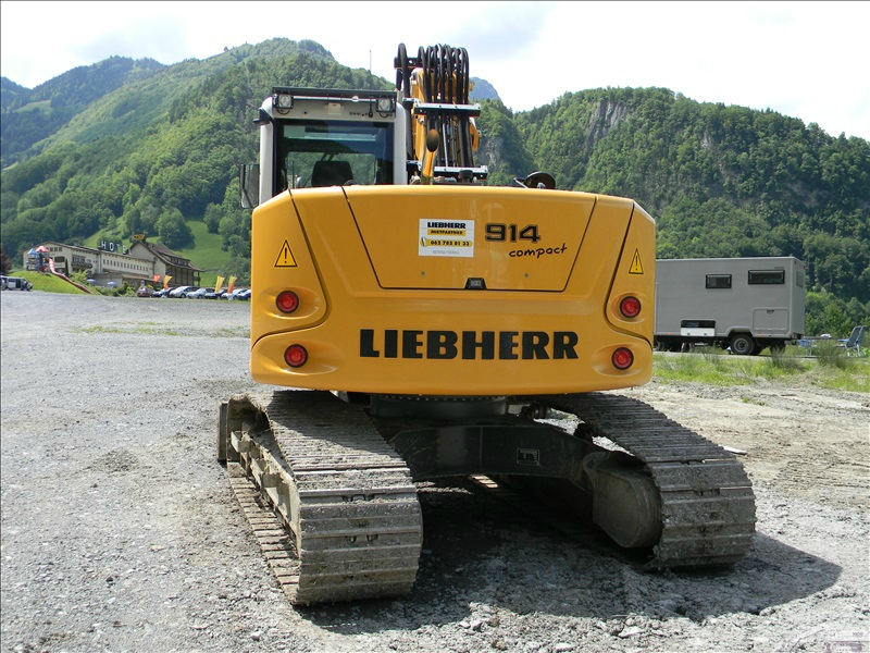 Liebherr R 914 compact va