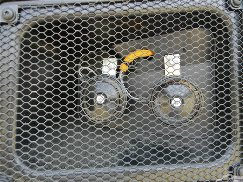 Caterpillar 735 B en détails