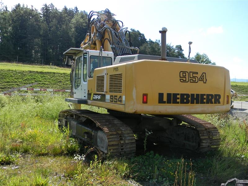 LIEBHERR R 954 C VA